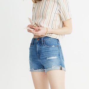 Madewell High-Rise Denim Shorts in Jordie Wash